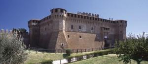 保存状態のとてもいいグラダーラ城